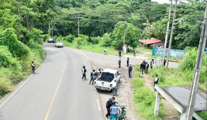 Refuerza SSP Oaxaca filtros de control provisional en límites con Veracruz