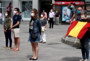 España vuelve a imponer restricciones tras dispararse los contagios de COVID-19