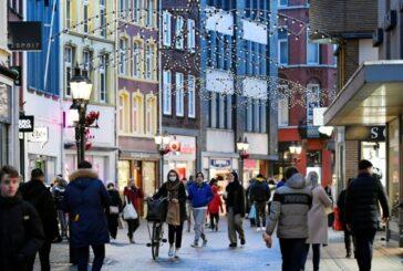 Contagios de covid-19 se disparan 500% en Holanda