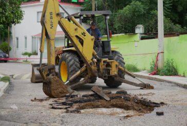 Trabaja SAPAO en reparación de socavones ubicados en la capital oaxaqueña