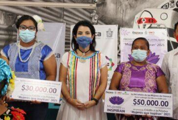 Gobierno del Estado y BanOaxaca rompen barreras de género con microcréditos a mujeres emprendedoras