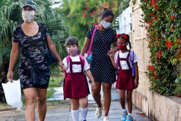 Sólo un tercio de los menores acude a clases por la pandemia en América Latina