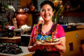Celia Florián, cocinera tradicional de Oaxaca, advierte la expansión de la comida rápida en México