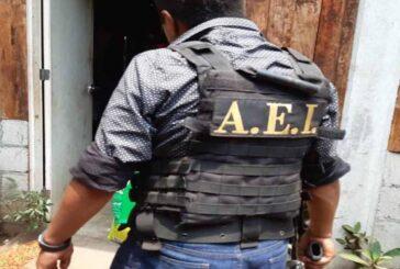 Realiza Fiscalía de Oaxaca cateo en la Cuenca; asegura drogas, armas y detiene a una persona