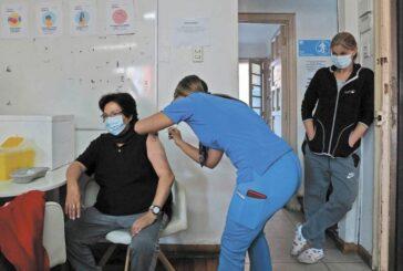 Vacuna COVID: Tercera dosis reduce 96% el riesgo de hospitalización, estudio